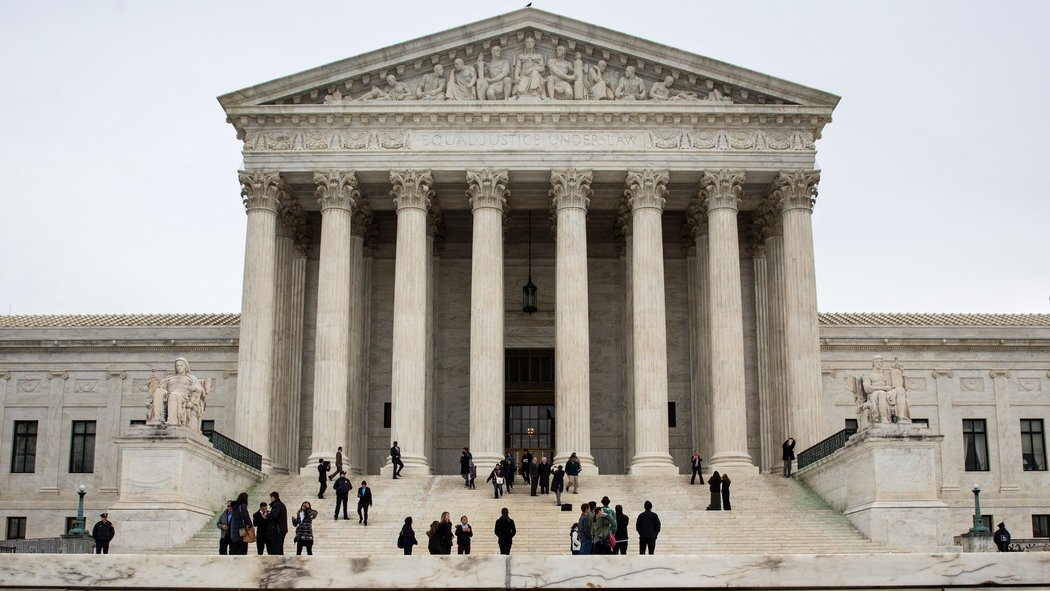 Supreme Court Strikes Down Campaign Contribution Limits 1050x591