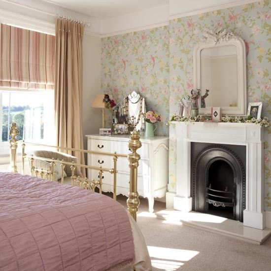 checks country bedroom Country bedrooms Decorating ideas Bedroom 550x550