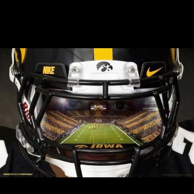 Pin Iowa Hawkeyes Football Wallpaper Collection Sports Geekery 1680 X 640x640