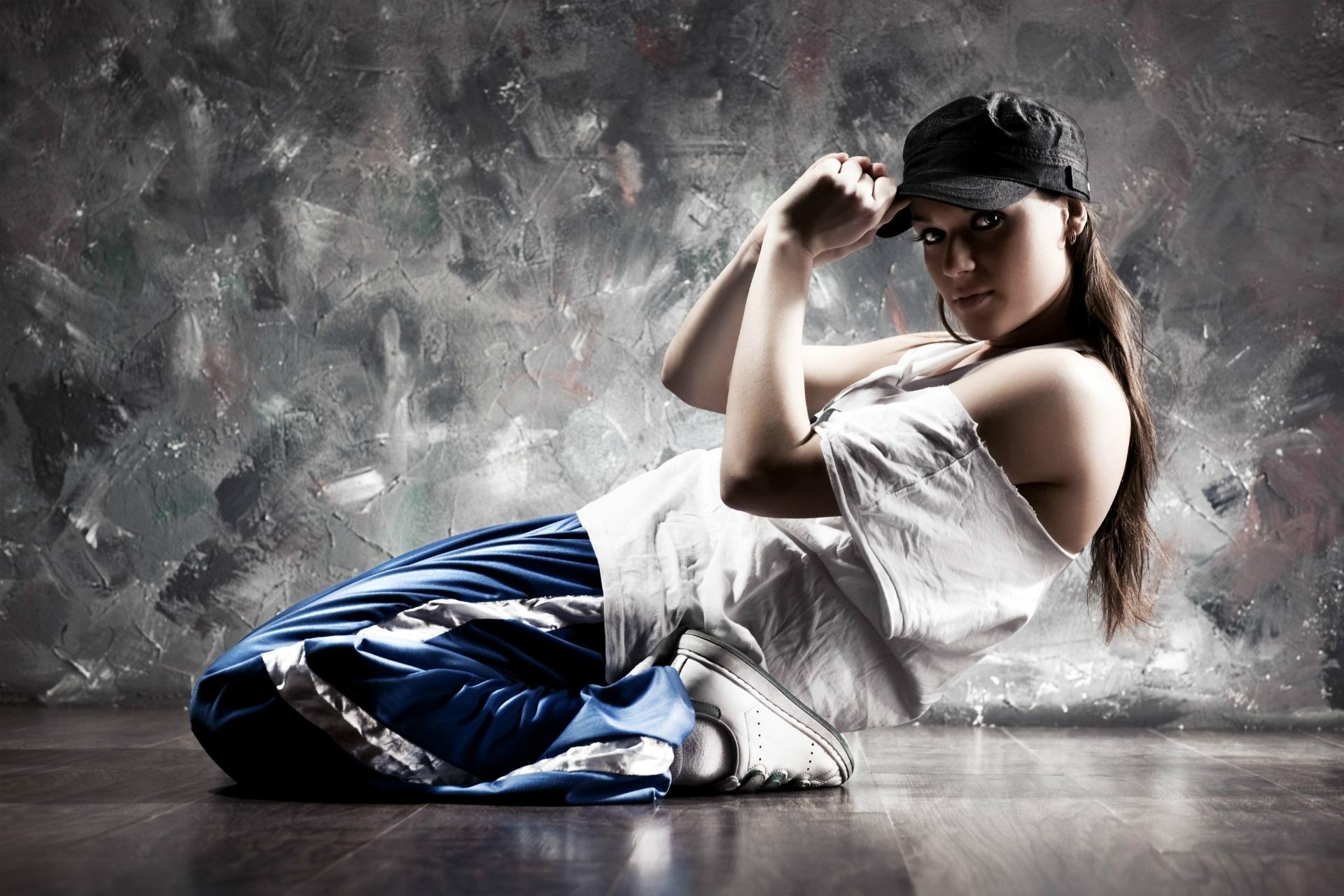 Hip Hop Dance Girl Wallpaper IPhone Wallpaper WallpaperLepi 1920x1280
