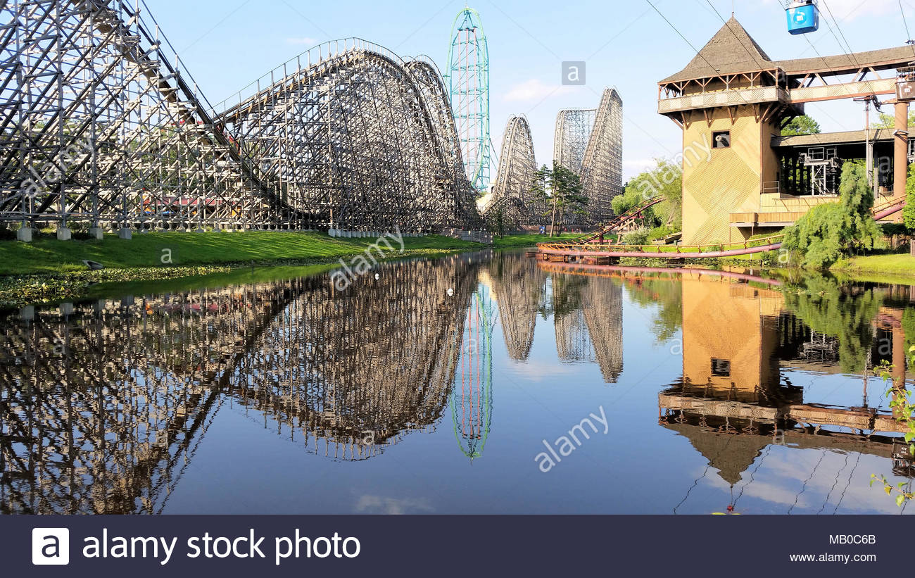 A view of El Toro with Kingda Ka in the Background at Six Flags 1300x821