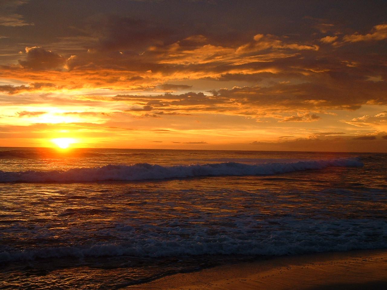 Sunset On The Beach - Wallpaper #35662
