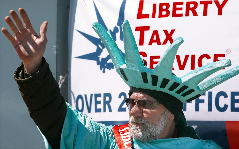 Liberty Tax Service   In Photos Top 20 Franchises For The Buck 957x600