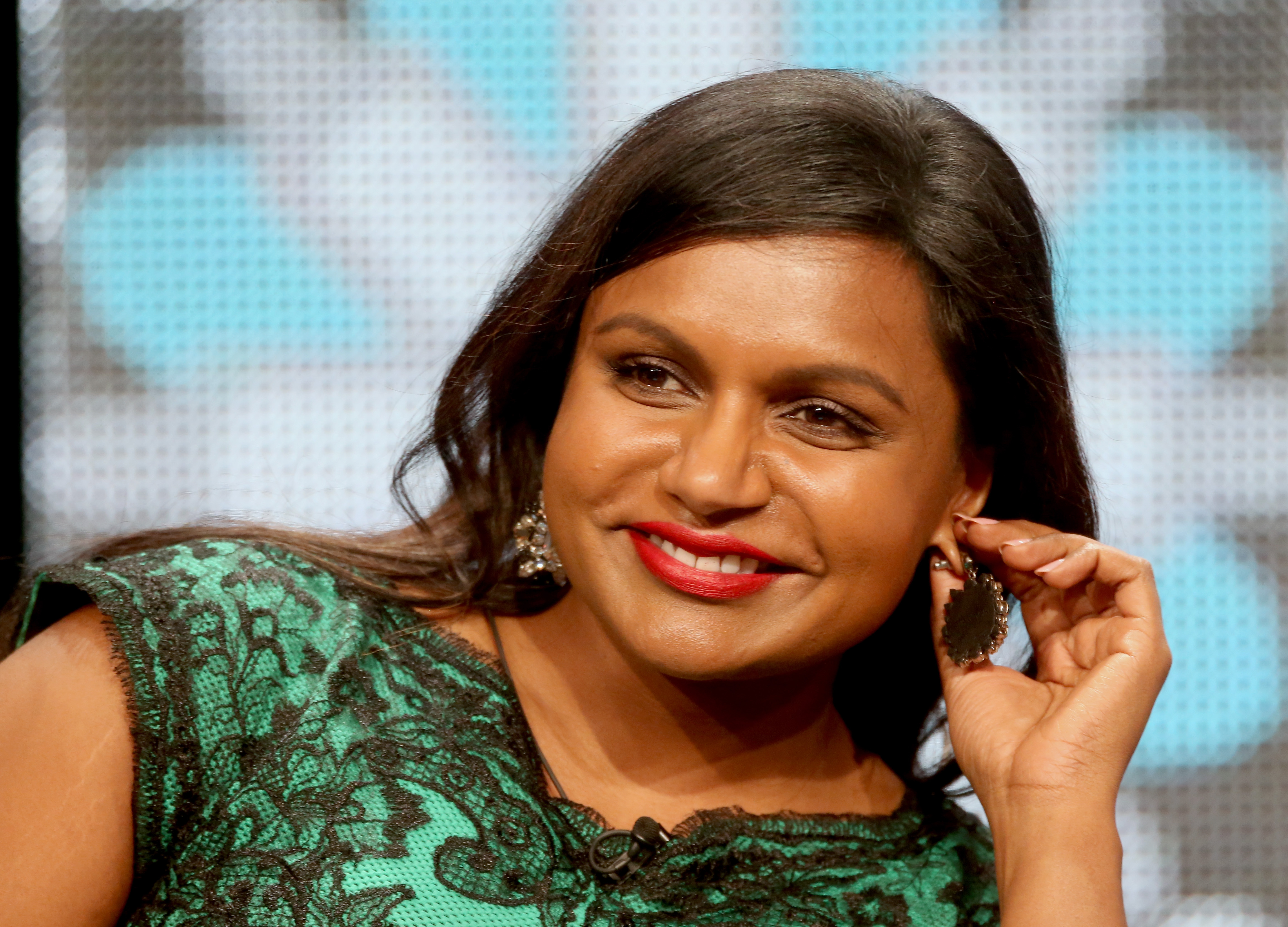 Mindy Kaling Wallpapers Images Photos Pictures Backgrounds 4628x3330