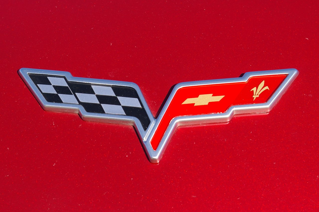 corvette logo wallpaper wallpapersafari