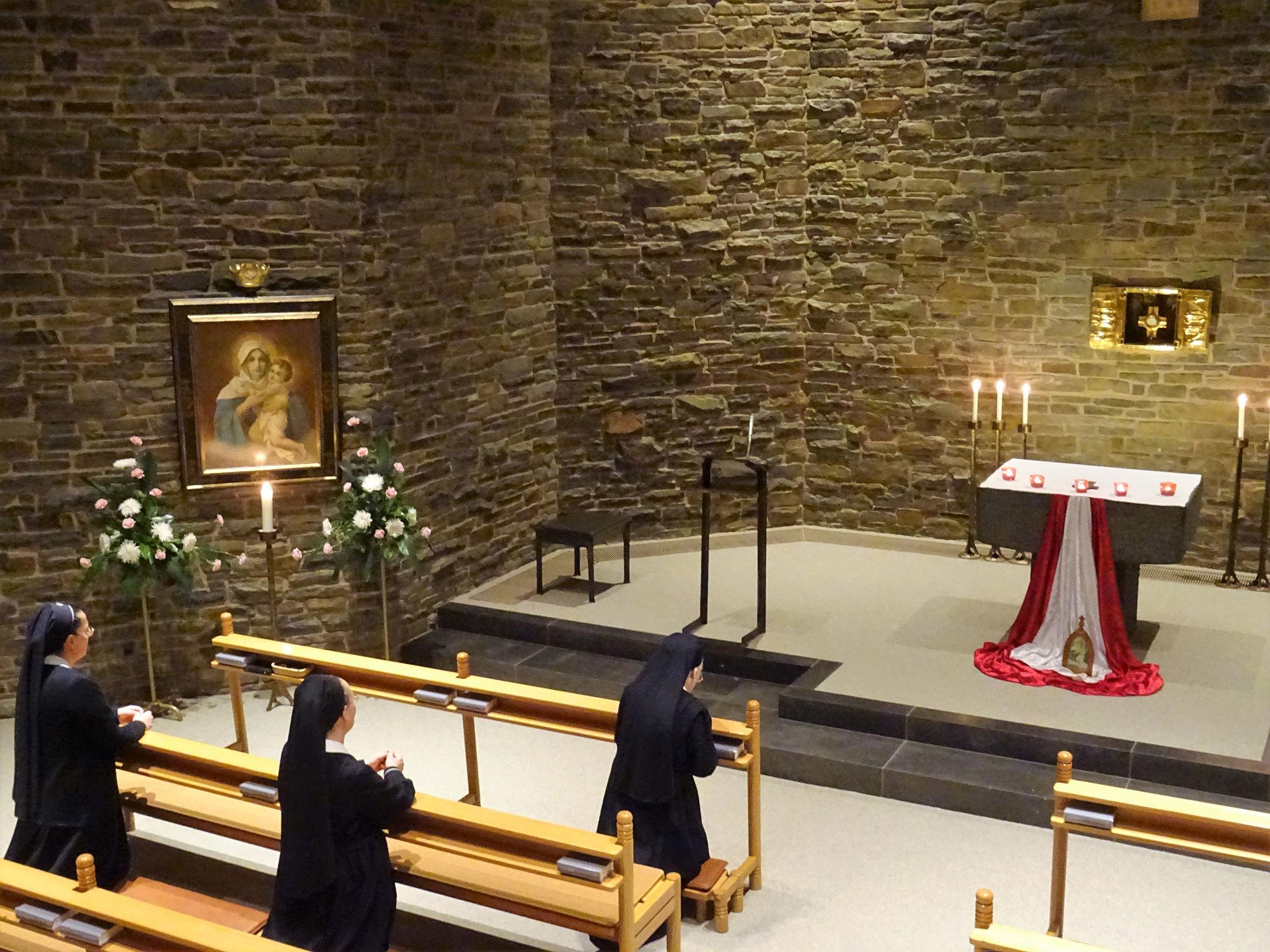 We Schoenstatt Adoration Sisters Participate   Schnsttter 2400x1800