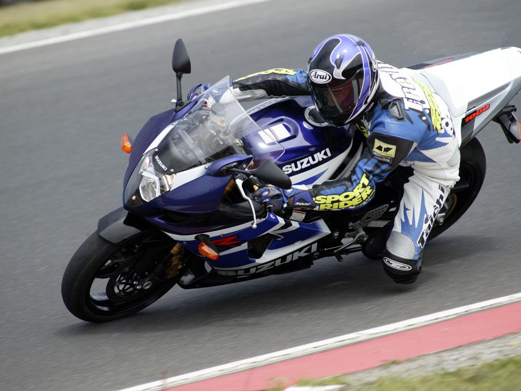 de moto Suzuki GSXR 750 2003 K3 Wallpaper Motos Suzuki GSX R 1024x768