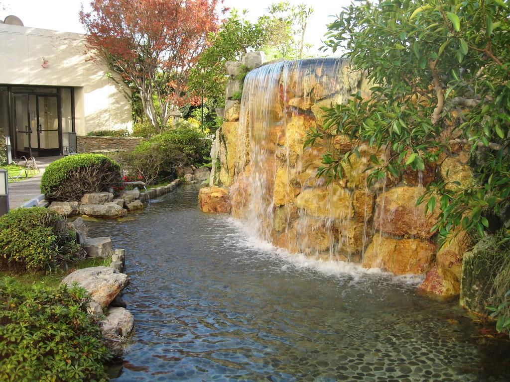Moving Waterfall Wallpaper Downloads 1024x768