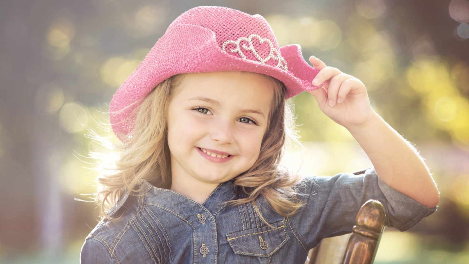 cute baby girls hd wallpapers top background desktop baby girls images 1600x900