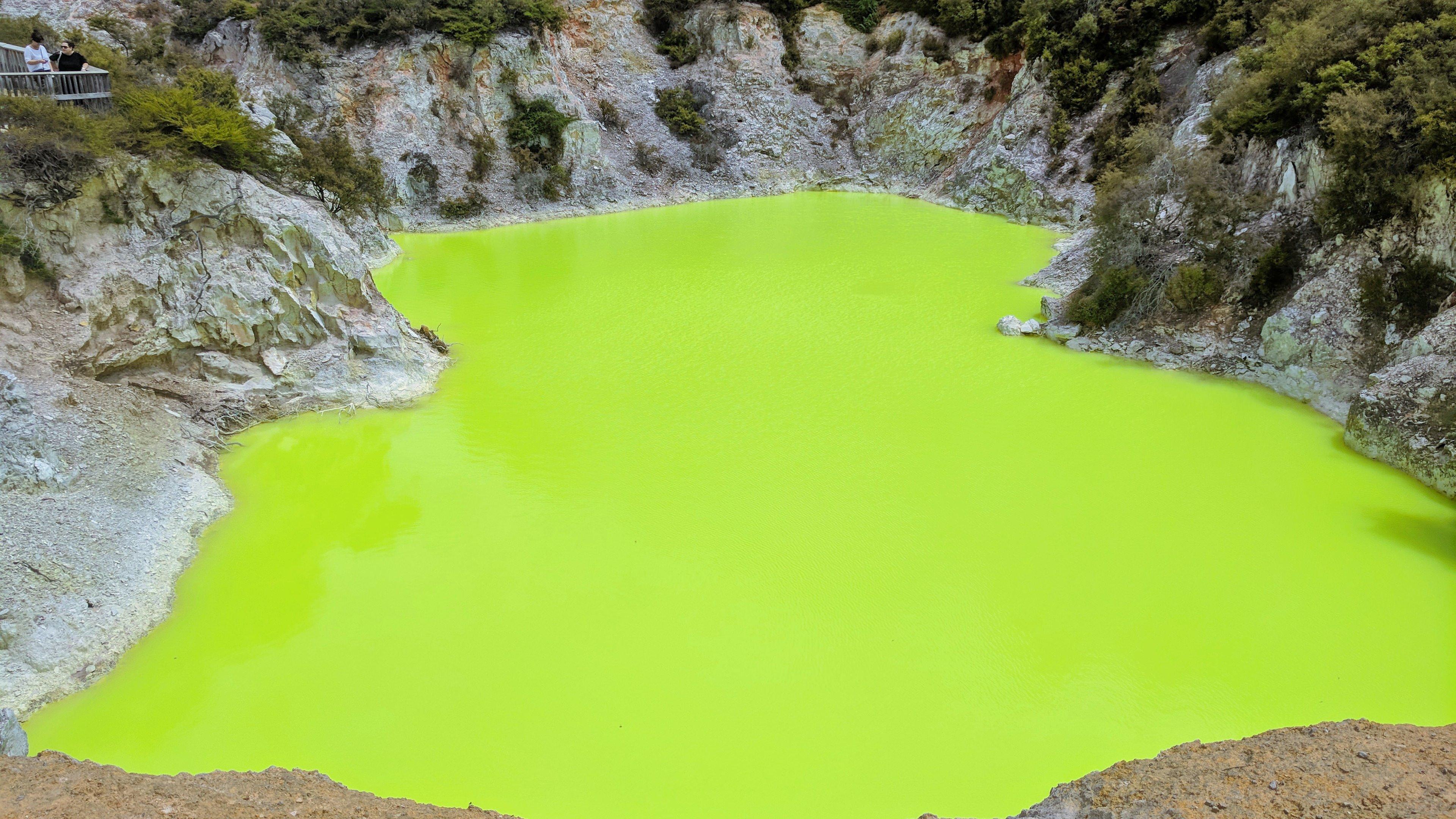 Wai O Tapu NZ Neon Green Water Caused by Sulfur 4K wallpaper 3840x2160