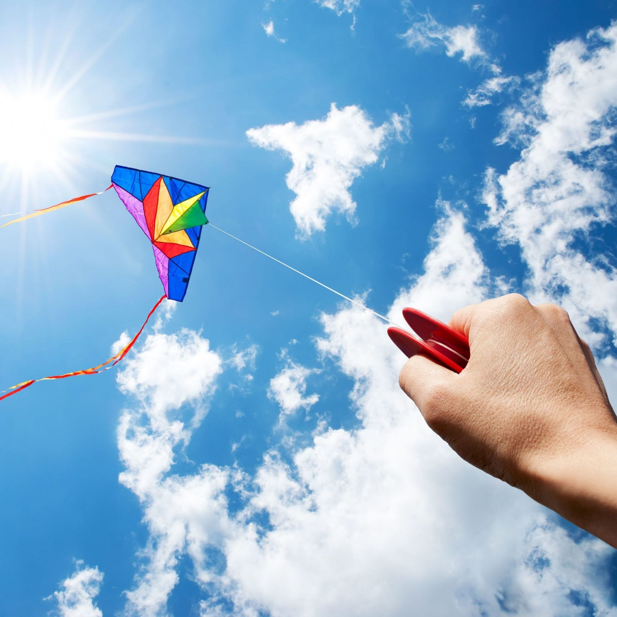 HD Wallpaper Of A Kite Flying High PaperPull 2048x2048
