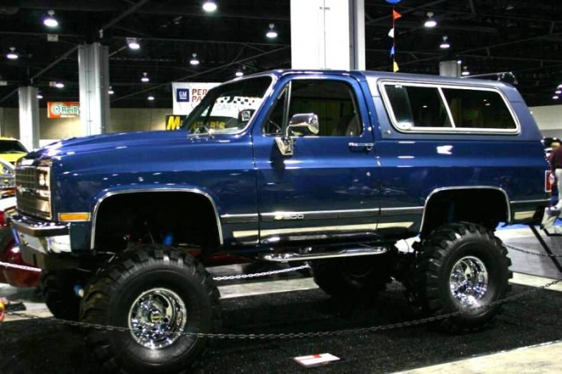 Chevy Trucks Wallpaper Chevy truck 4x4 800x533