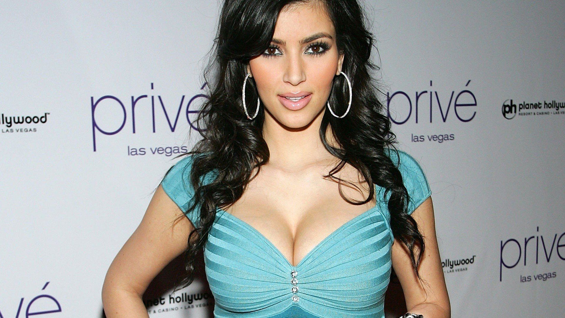 hd wallpaper kim kardashian wallpapers55com   Best Wallpapers for 1920x1080