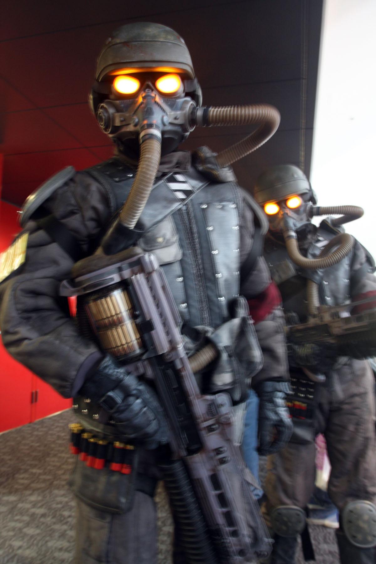 Gallery of 10 Most Badass Gaming Cosplay Costumes - EchoMon