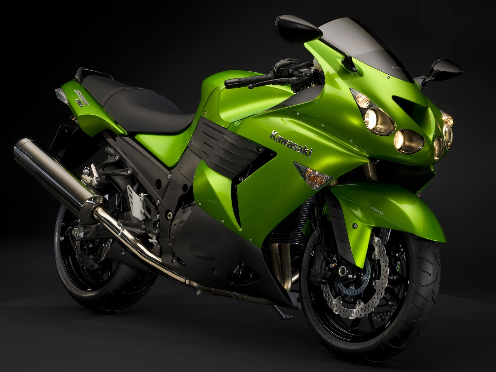1600x1200 Kawasaki zzr 1400 desktop PC and Mac wallpaper 1600x1200