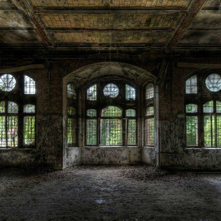 Abandoned Building Wallpaper