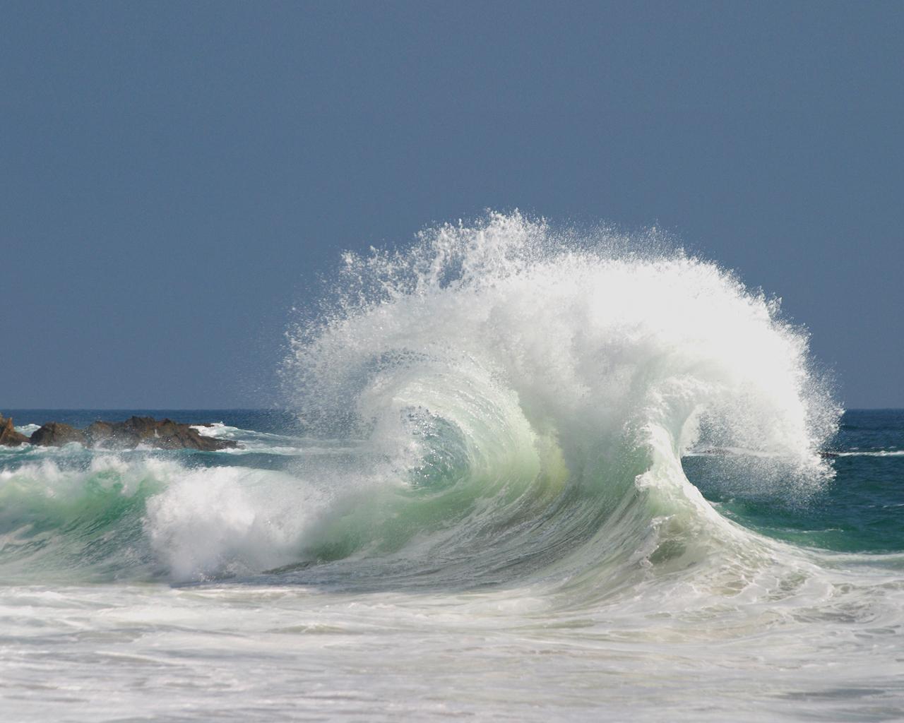 Water Ocean Wallpaper 1280x1024 Water Ocean Waves Splashes 1280x1024