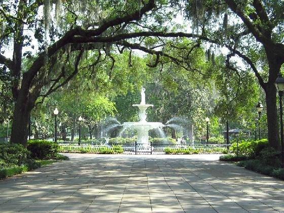 2147617 Savannah Forsyth Park Savannahjpg 560x420