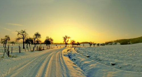 25 Amazing Chilly Winter Wallpapers   Creative CanCreative Can 500x270