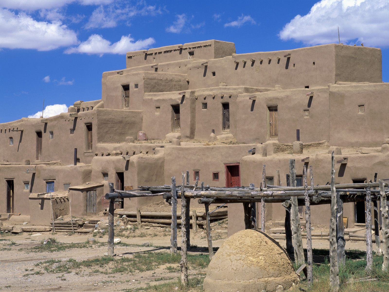Taos Pueblo Taos New Mexico   Wallpaper 10761 1600x1200