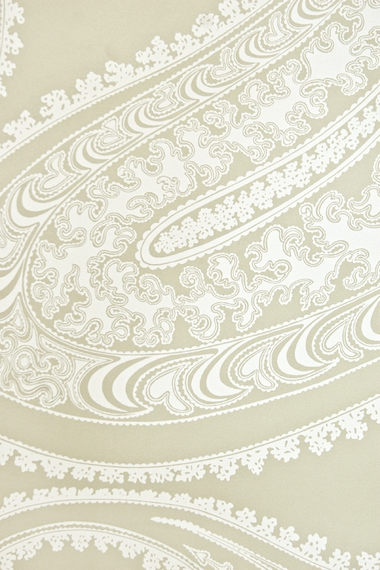 Rajapur Paisley Wallpaper A large contemporary paisley design in white 534x801