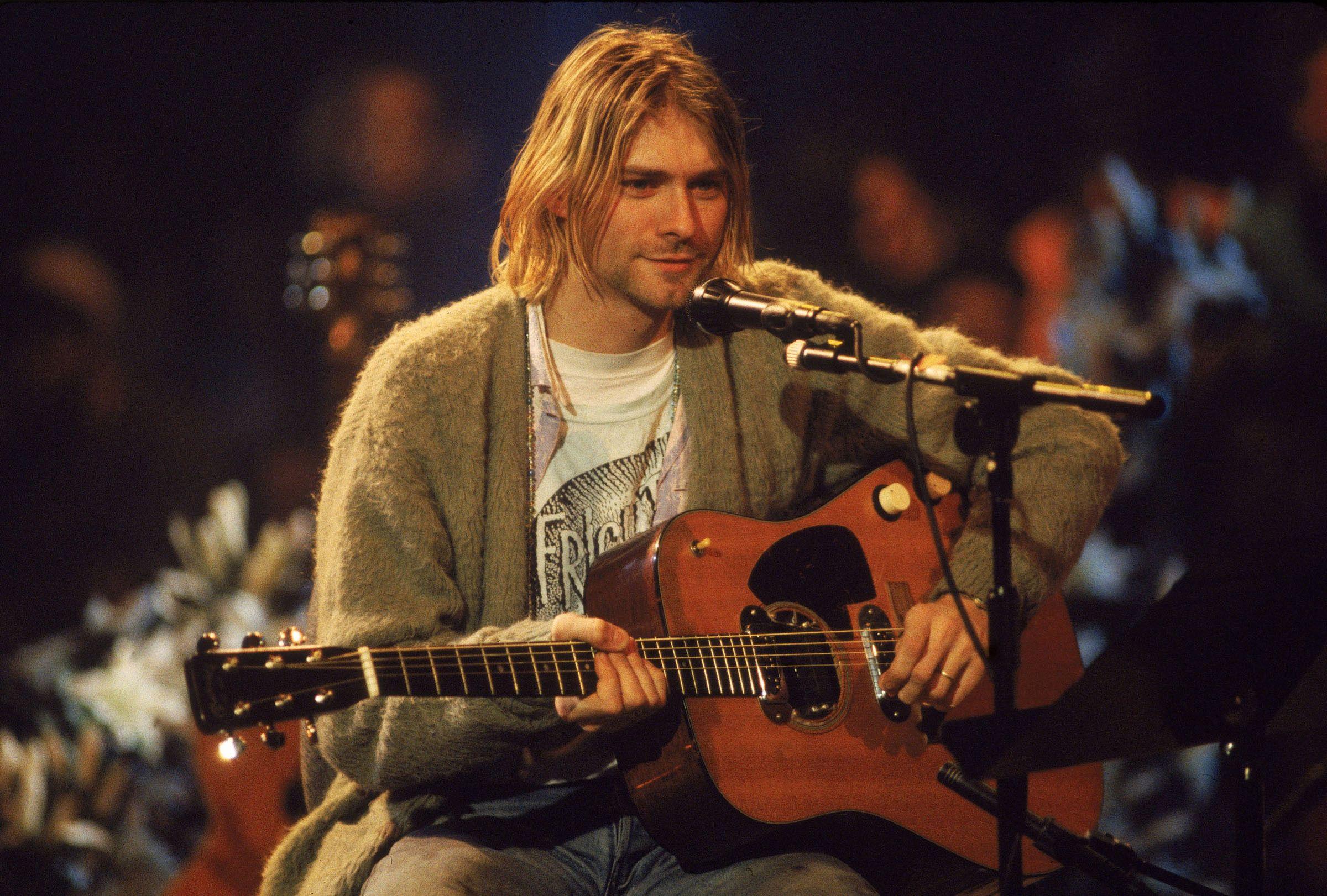 Kurt Cobain Wallpapers   Top Kurt Cobain Backgrounds 2400x1621