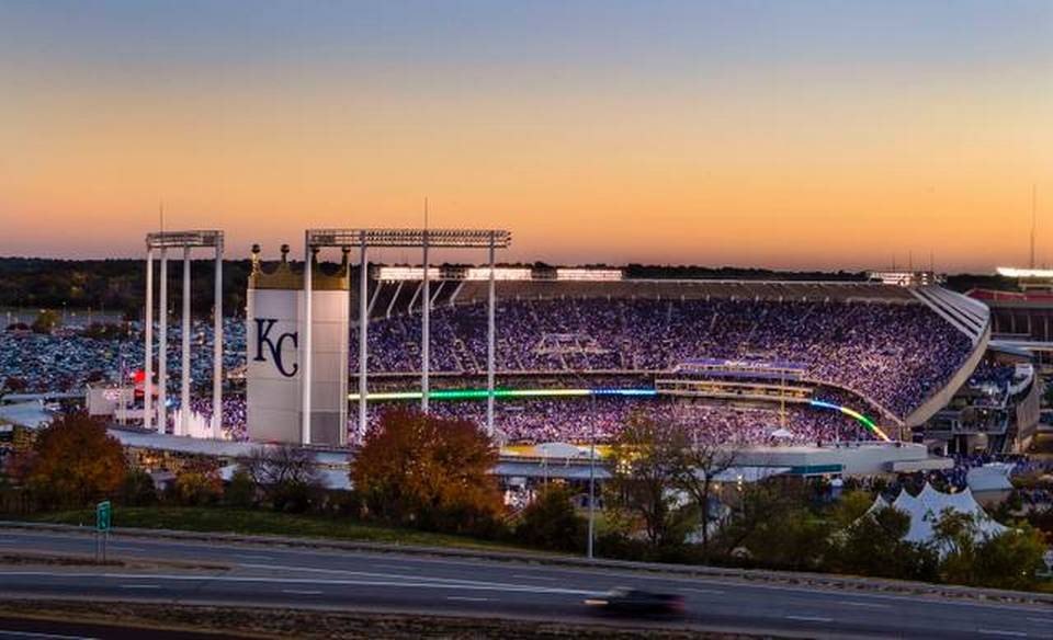 2015 Royals Opening Day Tickets Up 56 On Secondary Market In Last 960x584