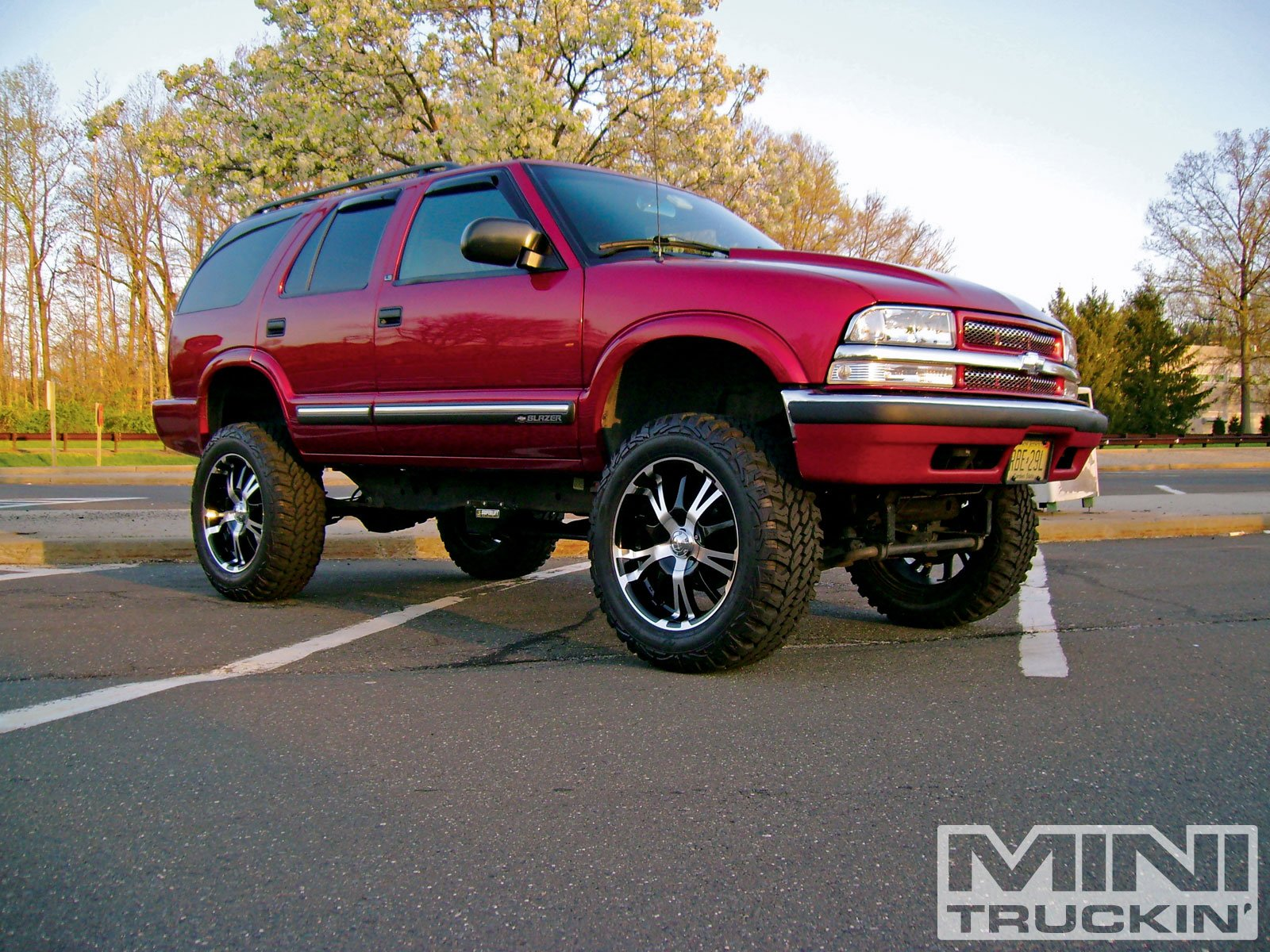 CHEVROLET BLAZER suv 4x4 truck wallpaper background 1600x1200