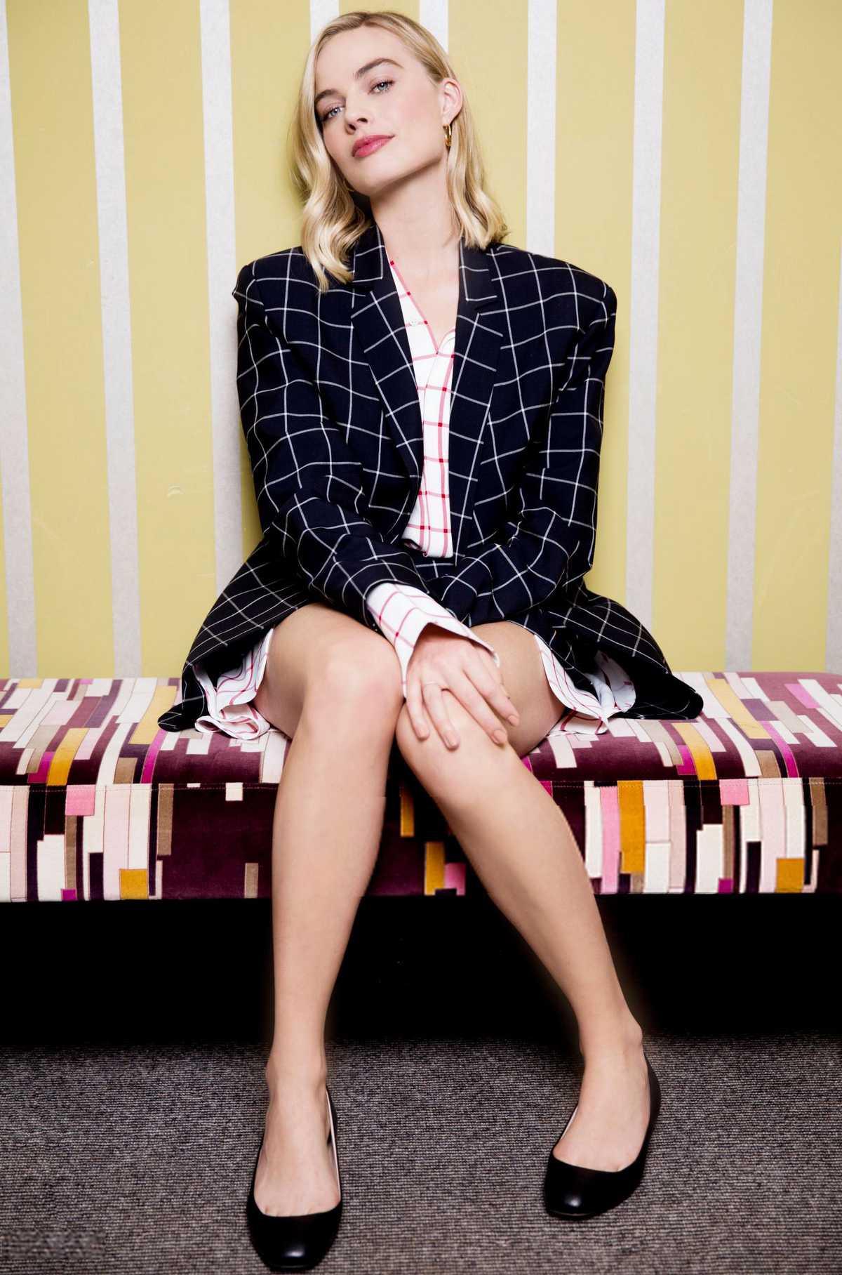 Margot Robbie images Margot Robbie   Sports Illustrated Photoshoot 1200x1816