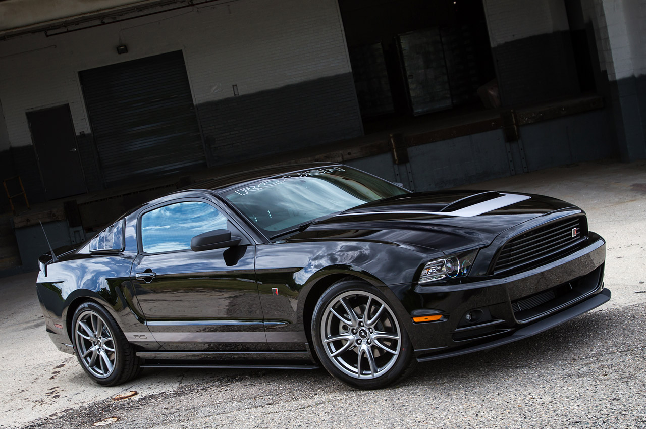 black mustang 2014 wallpaper Black Ford Mustang Wallpaper Car HD 1280x850