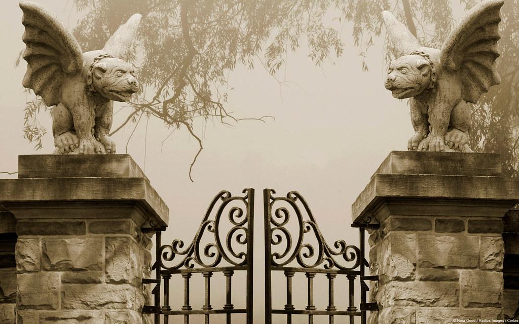 Gargoyle gates wallpaper Gargoyle gates wallpaper Flickr 1024x640