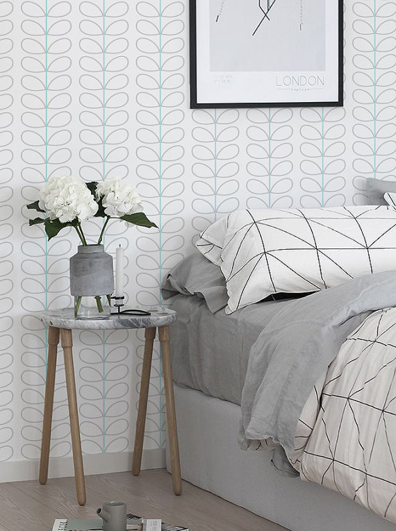 Peel and stick vinyl wallpaper   Leaf pattern   113 Snow Whisper 570x765