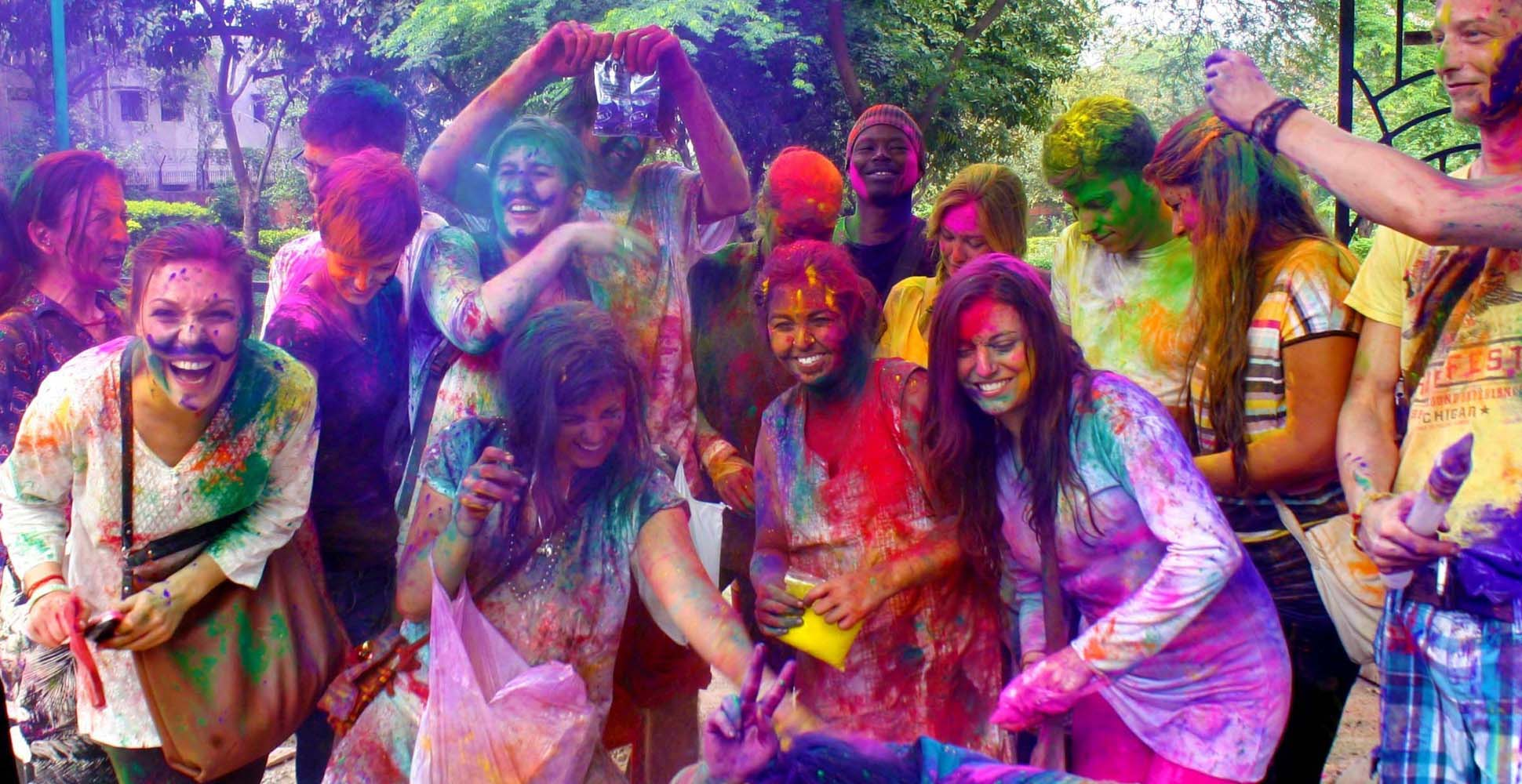 Holi Festival Latest Pictures Wallpapers Ultra HD 4K 1940x1000