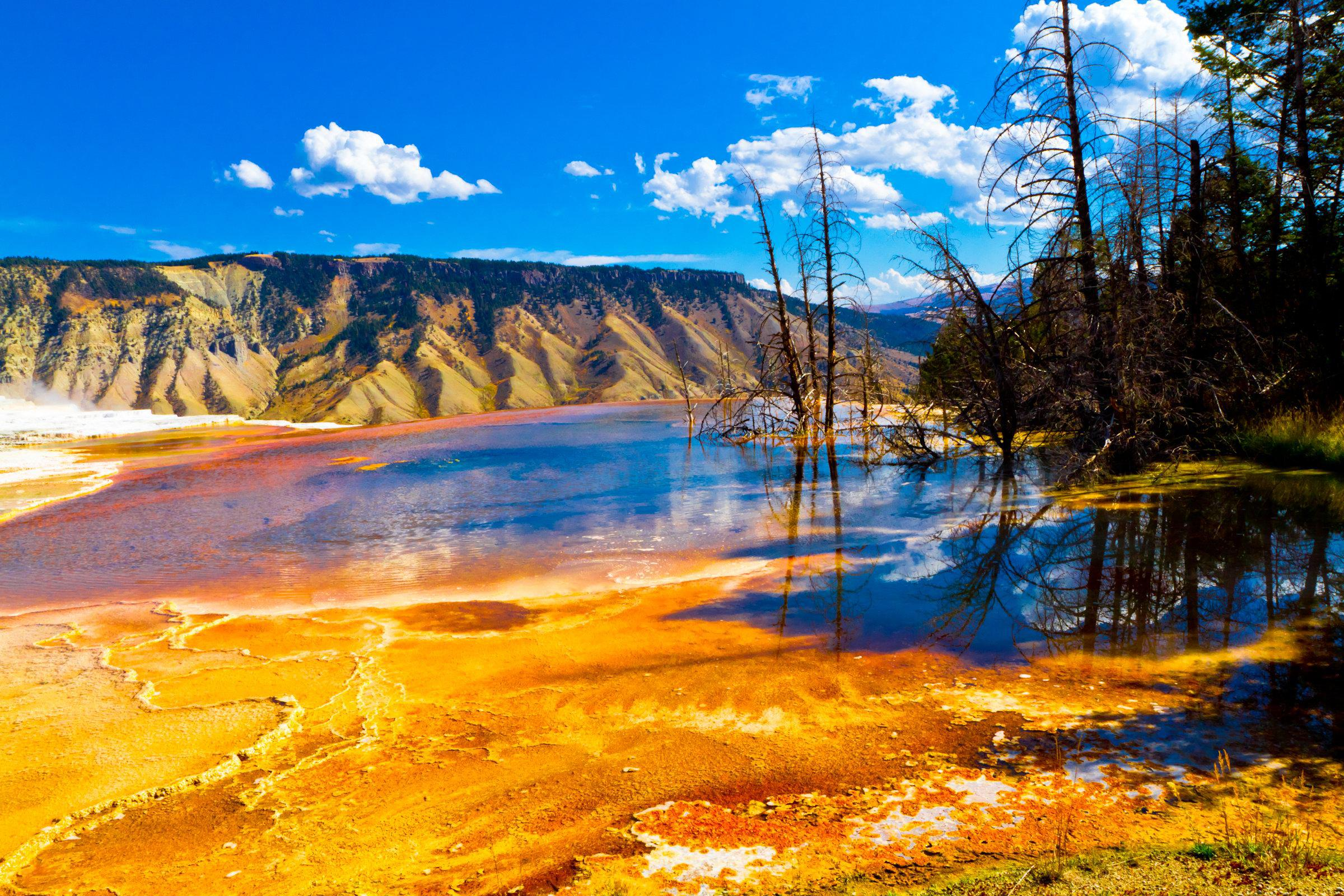 Yellowstone national park   119589   High Quality and Resolution 2400x1600