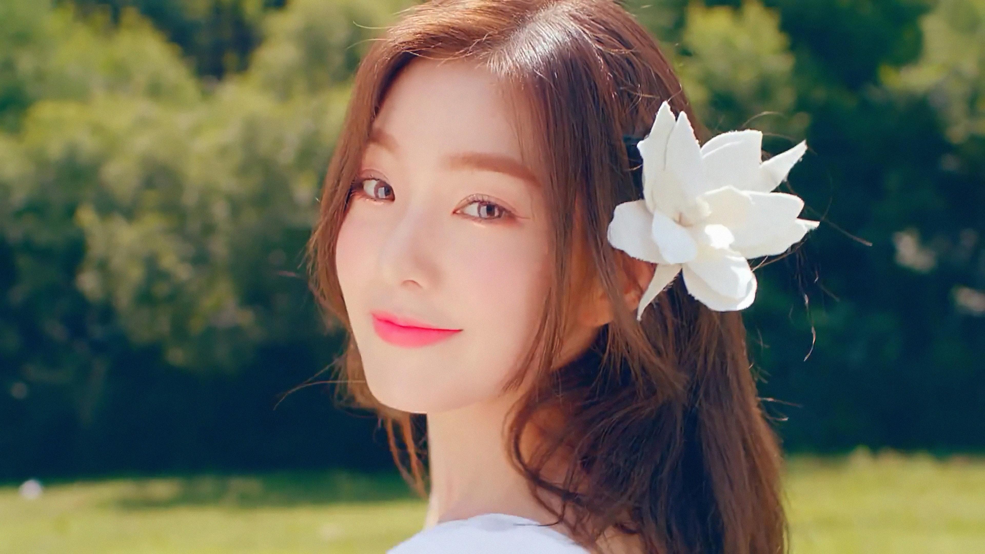 16 Red Velvet Irene Wallpapers On Wallpapersafari