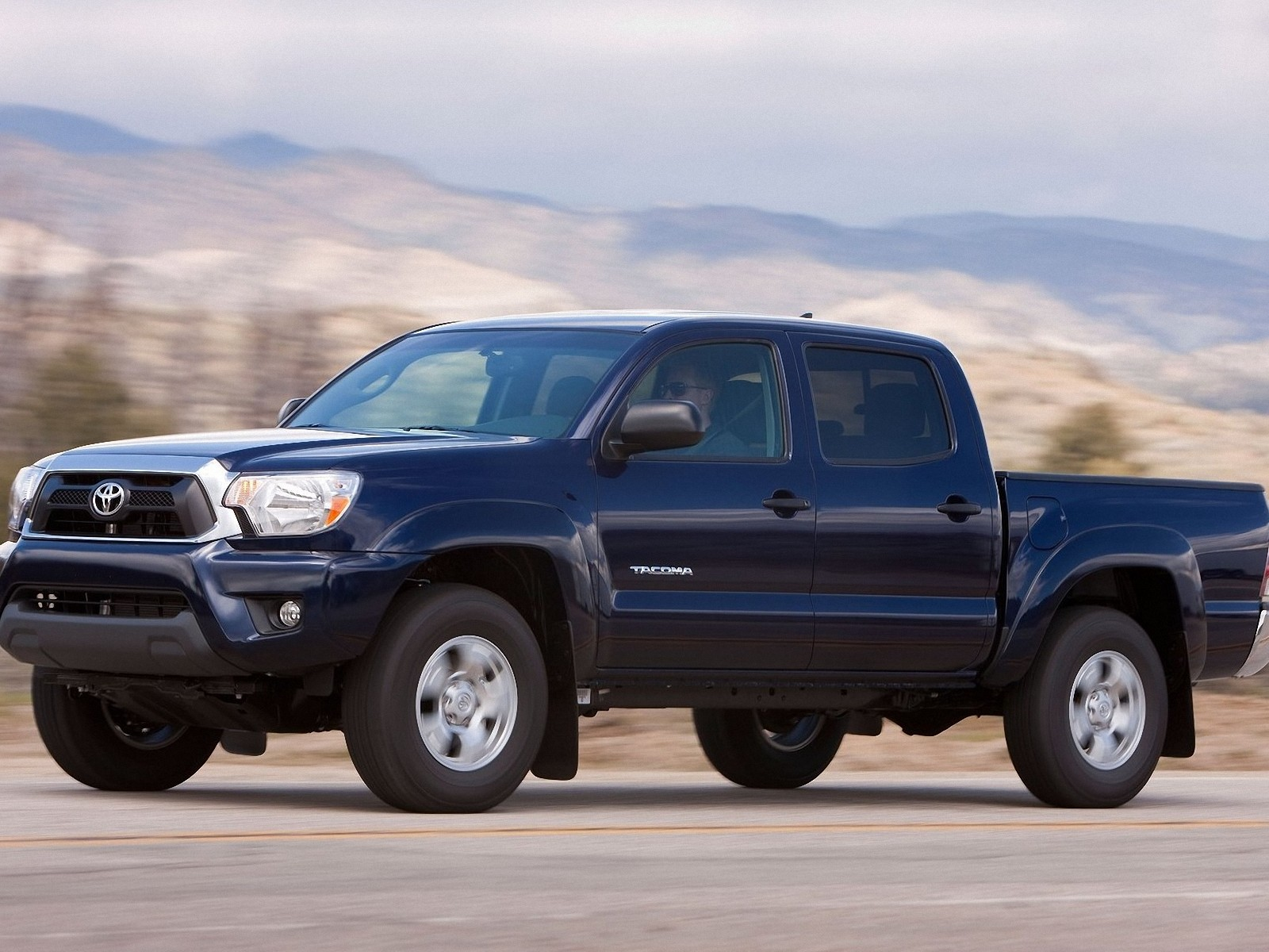 Toyota Tacoma 2012 WallpapersToyota Tacoma Wallpapers Pictures 1600x1200