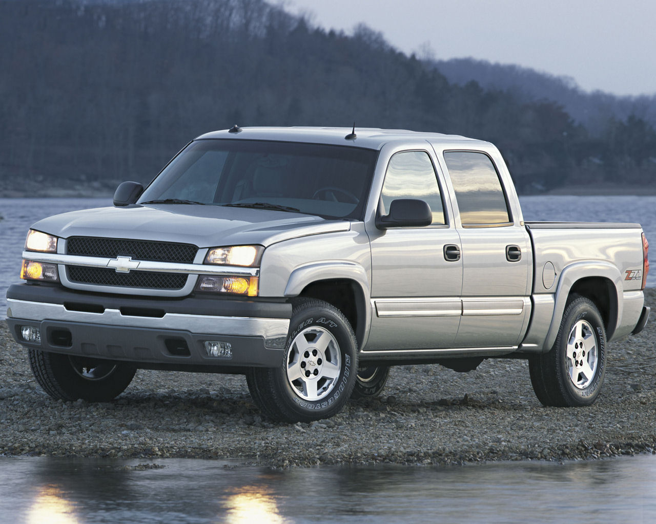 Hybrid chevy free 1280x1024 wallpaper desktop background picture