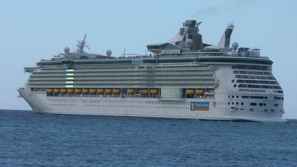 expensive royal caribbean ship wallpapers hd desktop wallpapers 1024x576