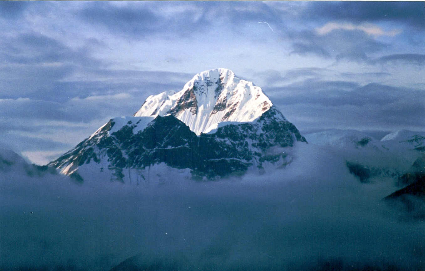 Himalayas HD Wallpapers High Definition iPhone HD Wallpapers 1357x868