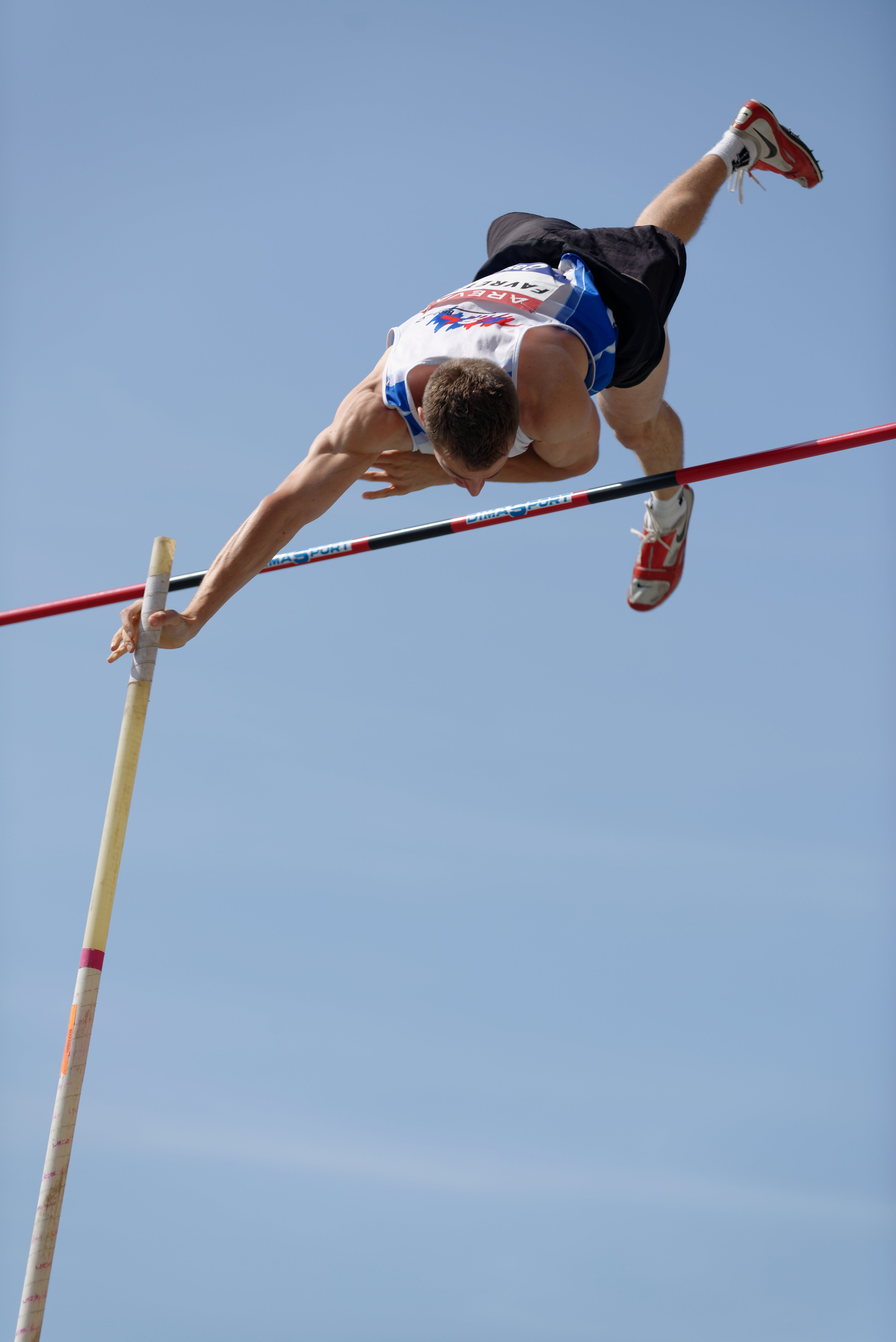 Pole Vault Wallpapers | www.imgkid.com - The Image Kid Has It!