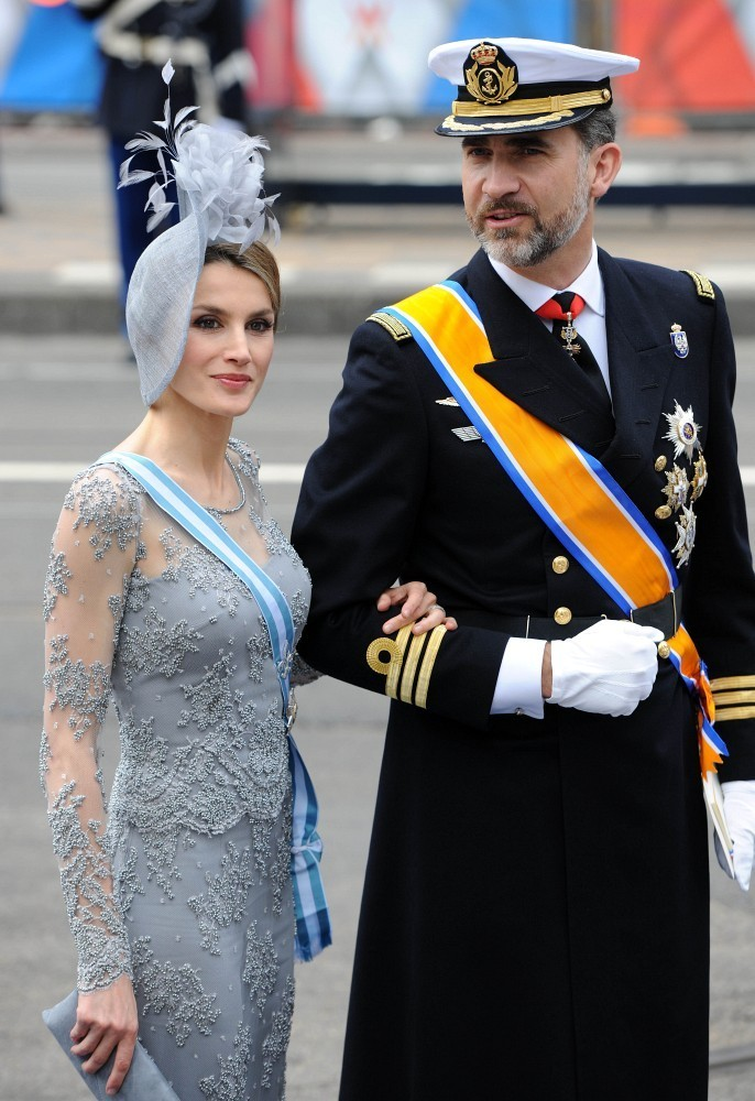 of spain queen letizia of spain photo 612782 0 vote 686x1000
