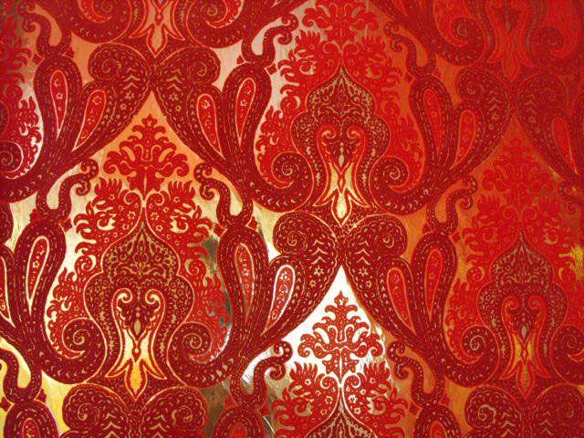 Morrocan Flocked Velvet Wallpaper   Red Burgundy [WFLO 9655 640x480