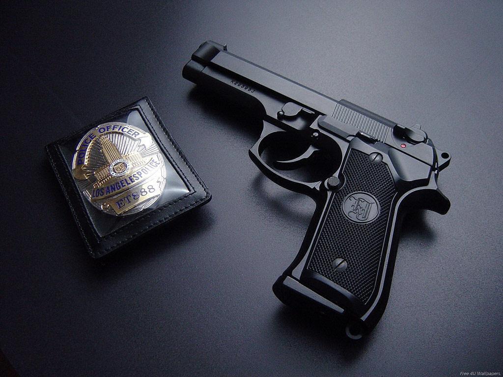GunGrenadeKnifeTT Pistol9MMForcesWar Four Top Guns Wallpapers 1024x768