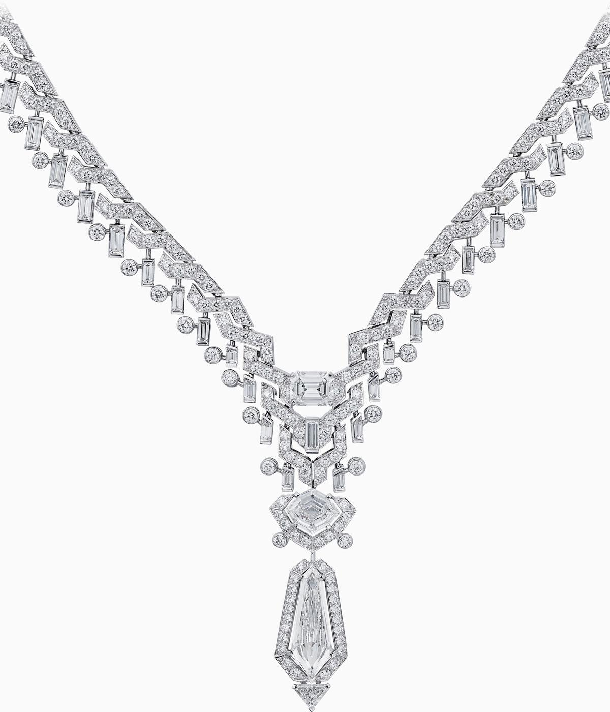 Cartiers new high jewellery at Paris Couture Wallpaper 1200x1400