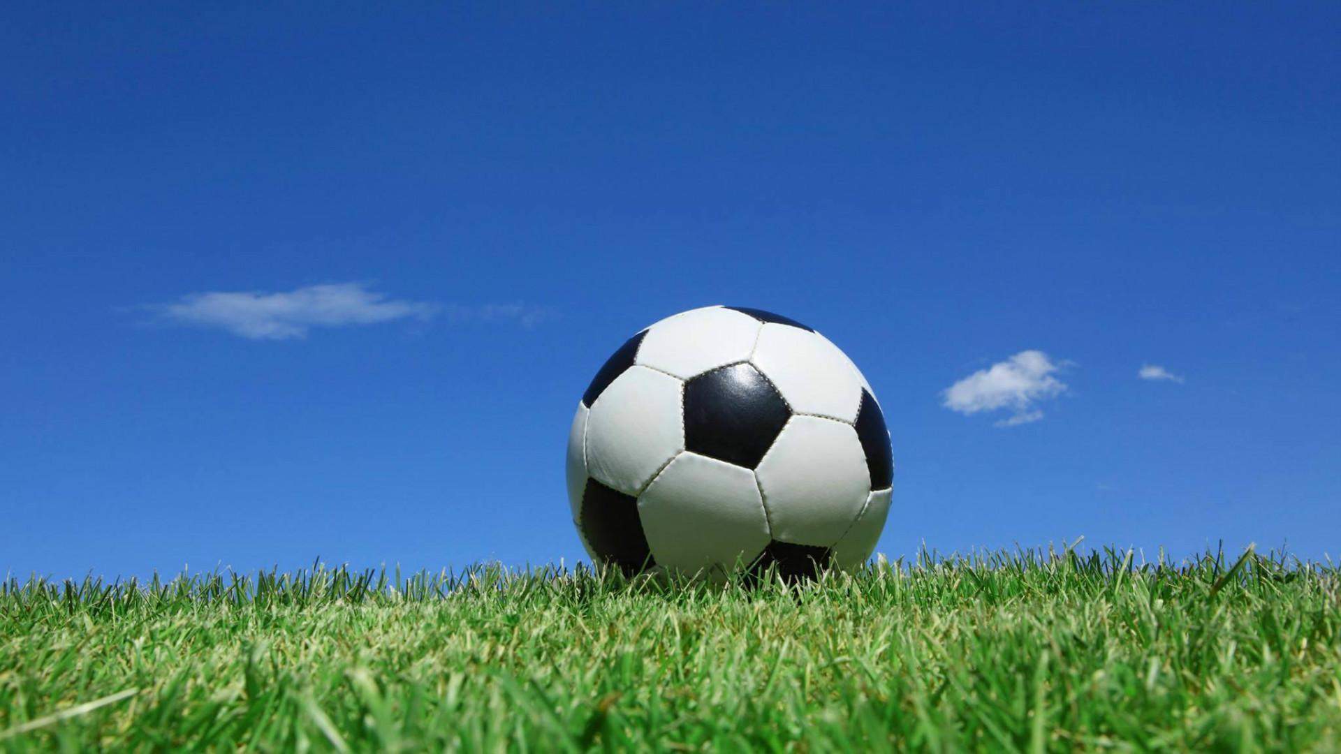 Gallery For gt Soccer Ball Wallpaper Desktop 1920x1080