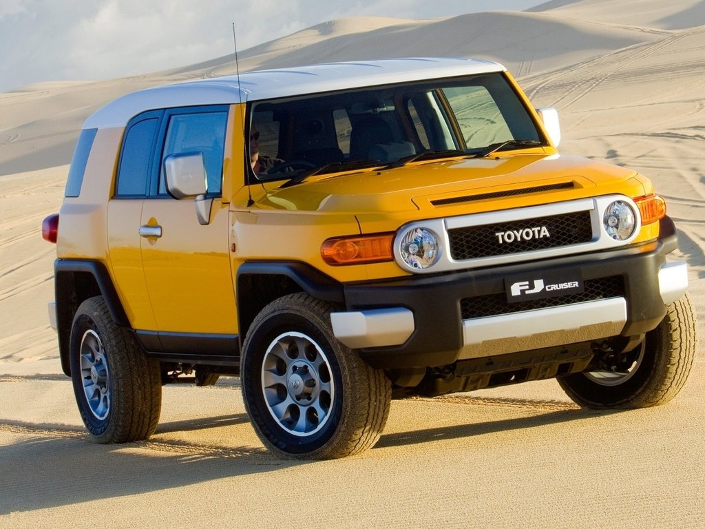My Wallpapers   Vehicles Wallpaper Toyota FJ Cruiser 1024x768