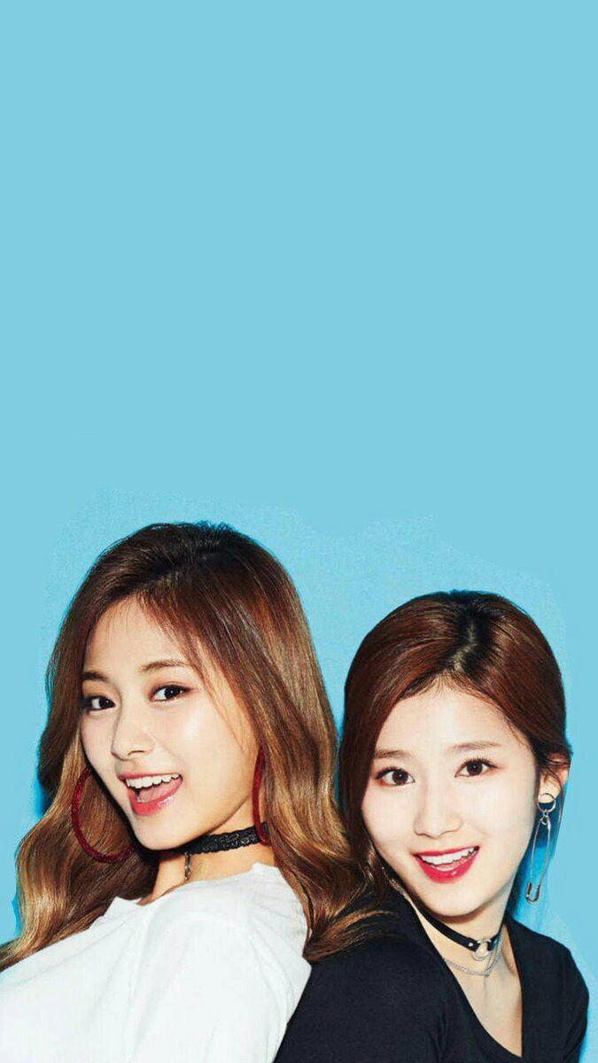 Twice sana x Tzuyu satzu wallpaper lockscreen SaTzu in 2019 675x1200
