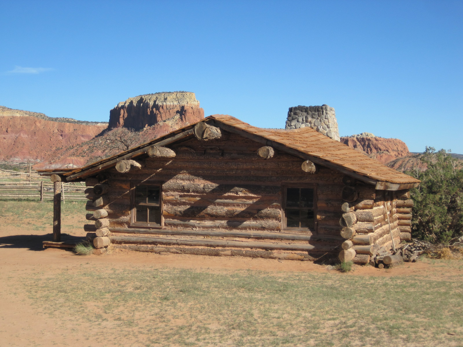 Hard scrabble log cabin life in the West   Carol Cassara 1600x1200