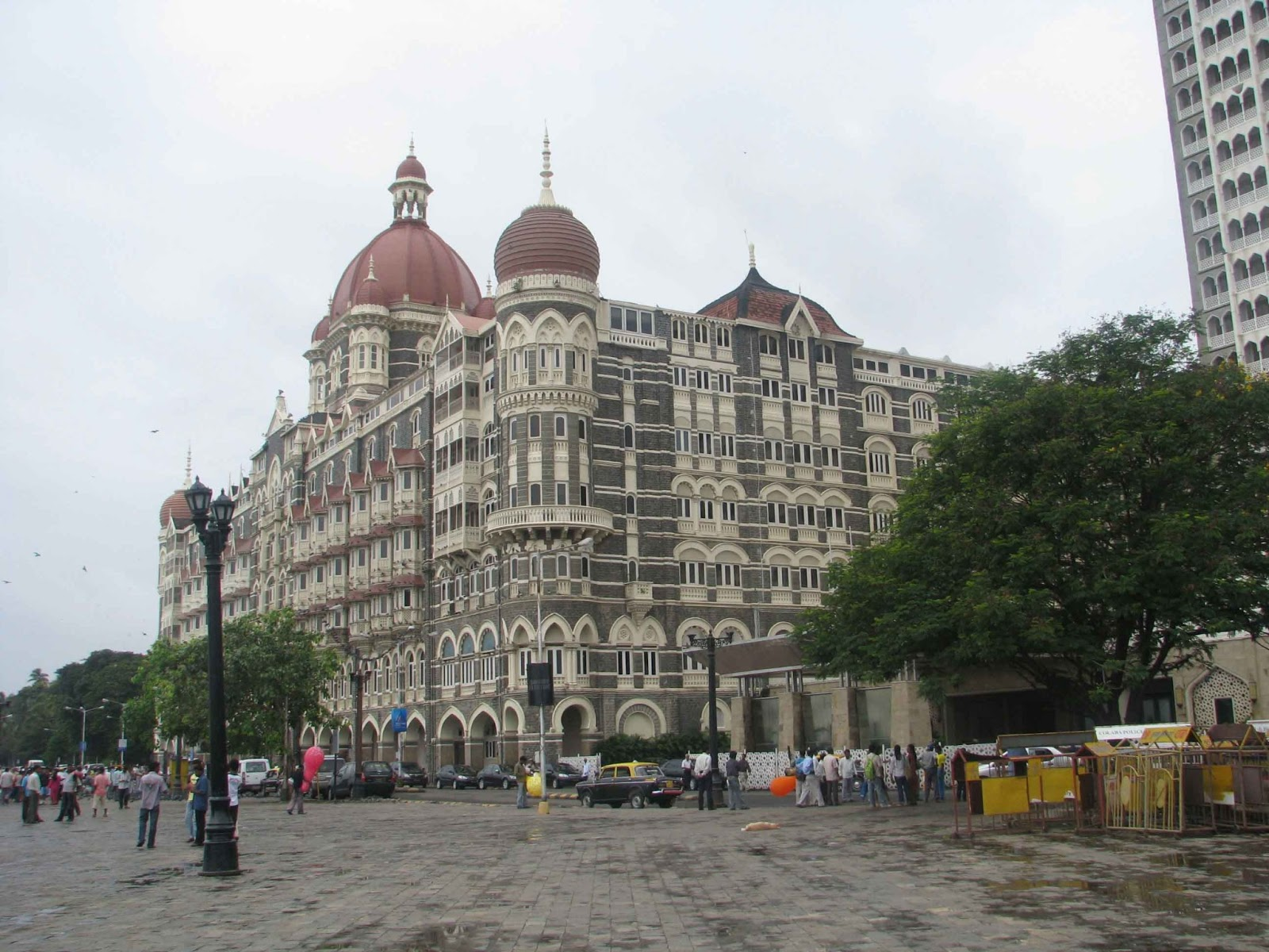 hotel mumbai hd wallpapers download 1080p Fine HD Wallpapers 1600x1200