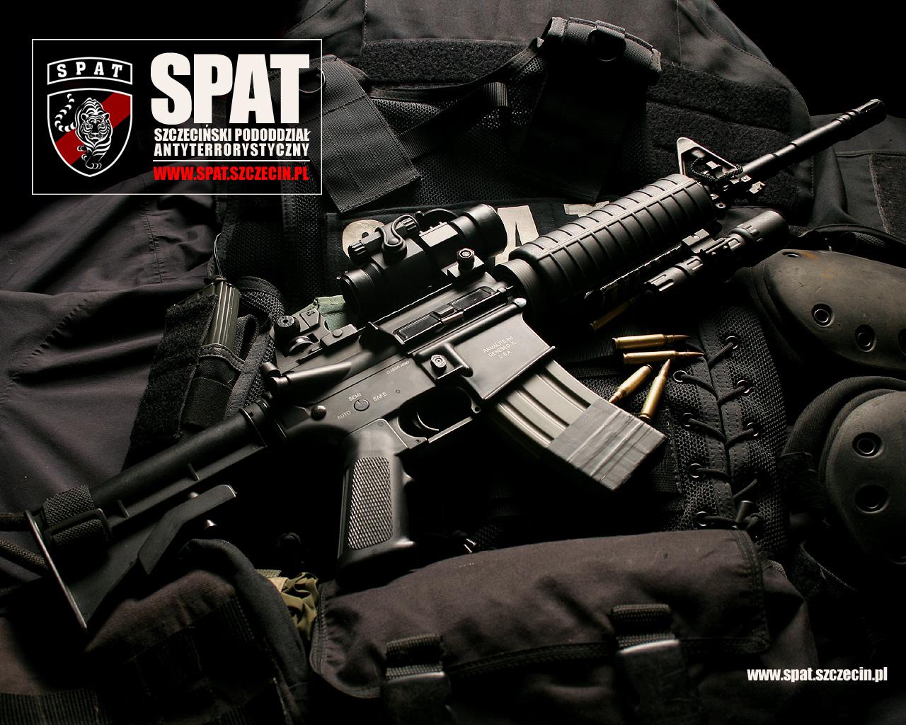 wallpaper M 16 carbine automatic rifle wallpaper weapons SPAT SWAT 1280x1024